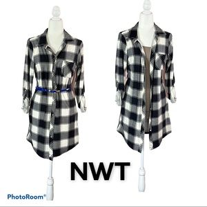 NWT. DRESS, DUSTER OR LONG SHIRT. SIZE L junior